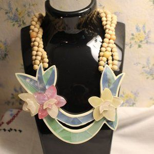 Necklace Pastel Acrylic Flowers with Beads Vintage